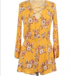 Miley & Molly Yellow Floral Romper, Size Large